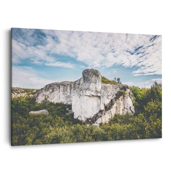 Mockup 3D Un bloc de roche atypique sur la Côte-Nord